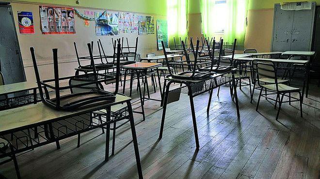 Las clases presenciales en las escuelas no comenzarían el 13 de abril