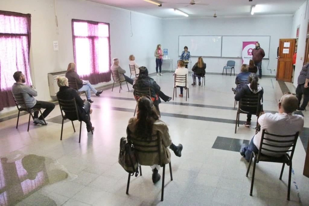 La Municipalidad y los geriátricos acordaron nuevas medidas de protección para los adultos mayores