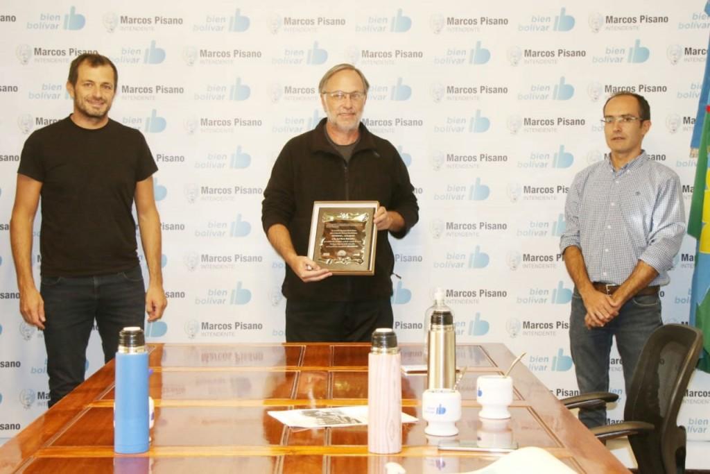 Pisano y Bucca reconocieron al Dr. José María Maluendez por su trayectoria