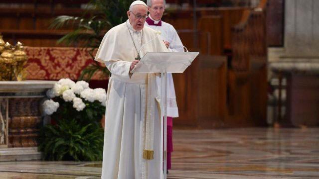 El Papa Francisco realizó la celebración de Pascua en el Vaticano