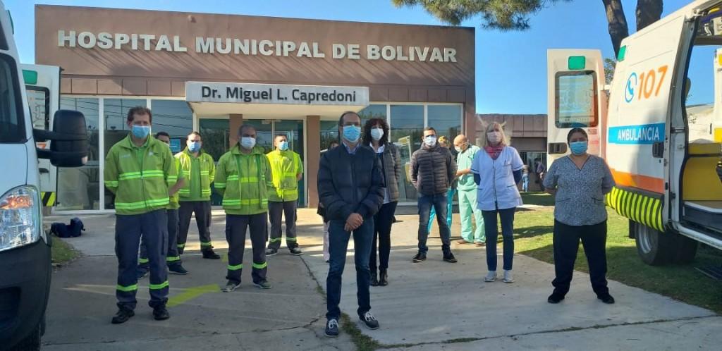 El intendente Marcos Pisano presentó dos nuevas ambulancias con equipamiento de UTI