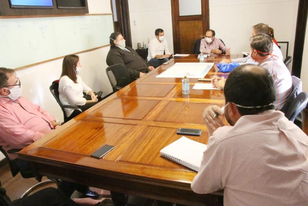 El intendente Marcos Pisano mantuvo un encuentro con referentes de instituciones locales