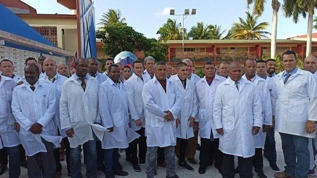 Pablo Zurro solicitó médicos cubanos para los pueblos de Pehuajó