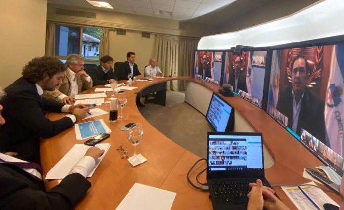 Fernández define con gobernadores los detalles de otras dos semanas de cuarentena