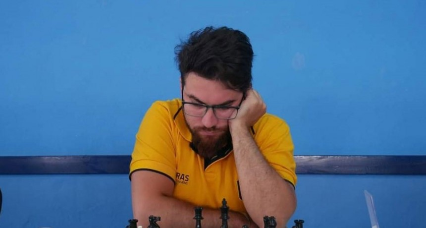 Matías Rodríguez se recibió como árbitro regional de ajedrez