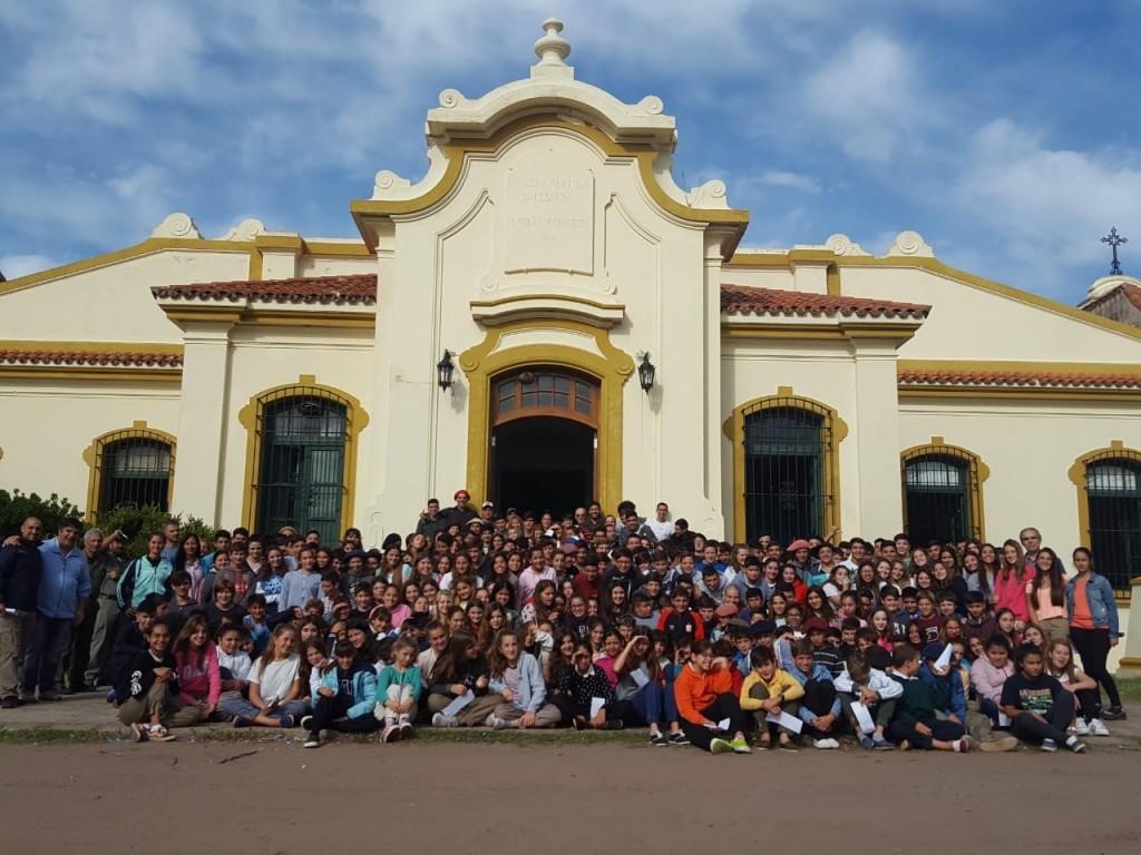 La Escuela Secundaria de Del Valle  atrapada entre la realidad y los protocolos, Jorge Ledesma (Director de la Escuela Secundaria) habló en FM 10