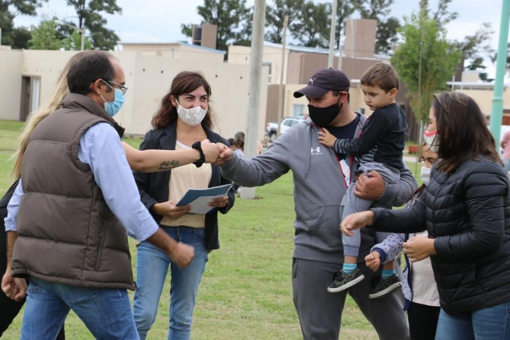 Son 27 los bolivarenses que recibieron la llave de sus viviendas en el barrio PROCREAR