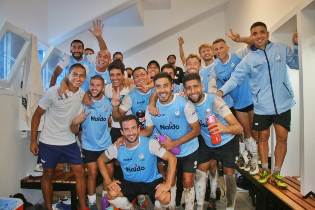 Dos goles de Troncoso le dieron la victoria al Club Ciudad en el debut