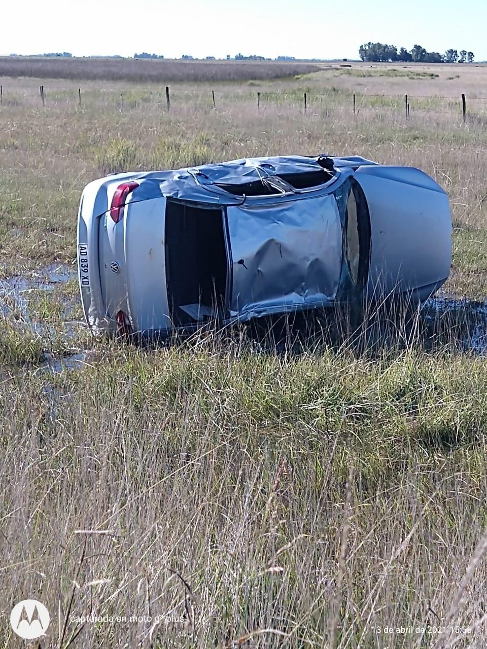 Espigas: Un conductor perdió el control de su vehículo y volcó en RN 226 KM 356