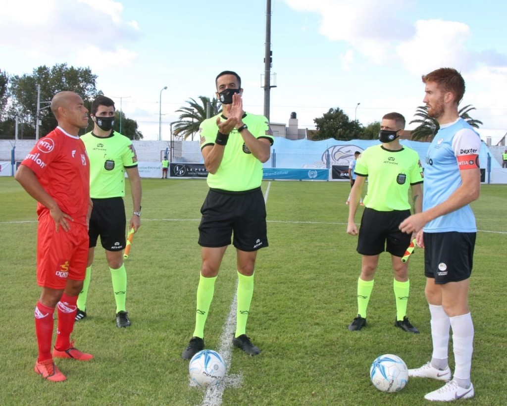 Una victoria, una derrota y un empate, el Club Ciudad suma tres presentaciónes con 4 puntos. Empató 0 a 0 con Chivilcoy este domingo
