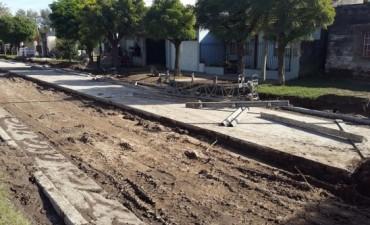 Avanza el Pavimento Continuo en Barrio Los Tilos