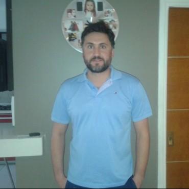 Valenzuela: 'Se turnaban para pegarle a Cenzano'