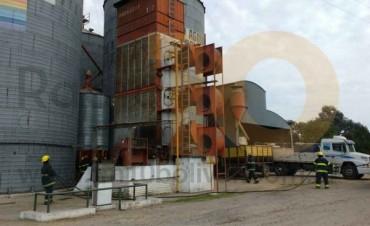 Se incendió una secadora en la planta de silos de la Cooperativa Agropecuaria