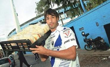 Almada Flores, un trabajador del fútbol desde los dos lados del mostrador