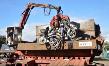 Se compactaron 220 vehículos secuestrados