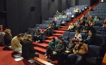 Secretaría de Desarrollo: Se realizó una capacitación en cooperativas en el Cine Avenida