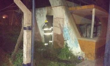 Incendio en un depósito del Club Independiente