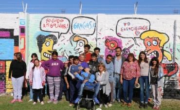 MURAL COLECTIVO COLORES PARA EDUCAR: Servicios Urbanos busca generar conciencia a través del arte