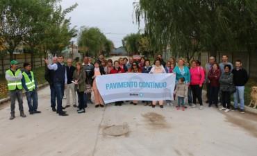 INCLUYE 100MTS DE DESAGÜES PLUVIALES: El Intendente Bucca inauguró pavimento en Pirovano