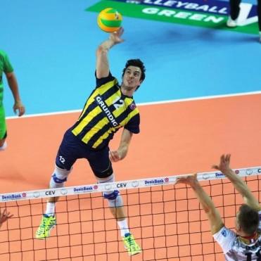 PERSONAL BOLIVAR: Milos Nikic, categoría internacional para la nueva temporada
