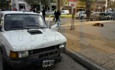PARA COMENZAR EL LUNES: Cuatro autos involucrados en un choque