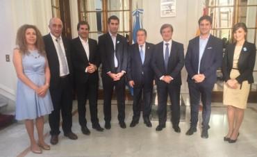 Diputados bonaerenses se reunieron con el embajador argentino Ramón Puerta