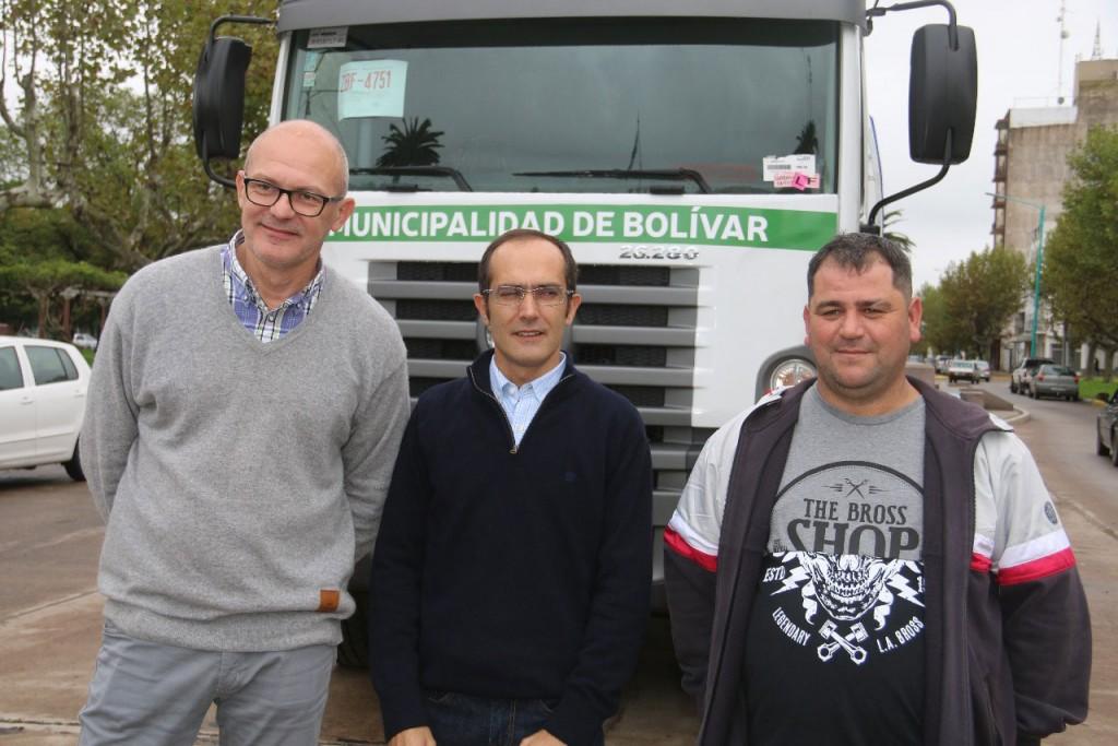 El Intendente Pisano presentó un nuevo camión desobsturador