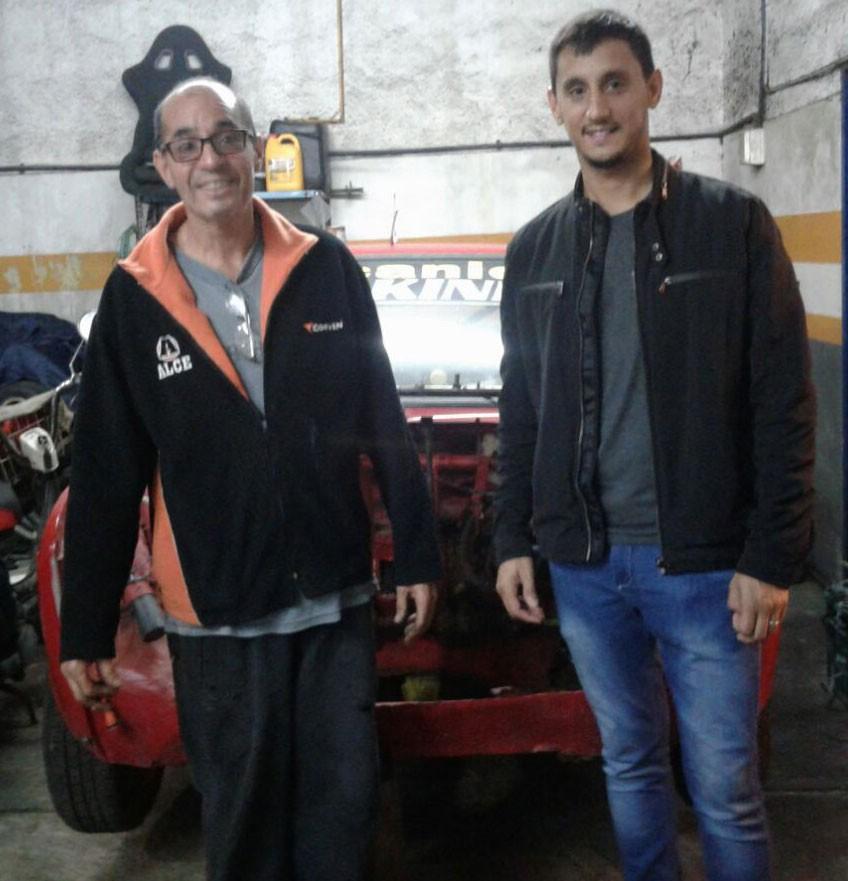 Automovilismo: Padre e hijo subidos a la misma pasión
