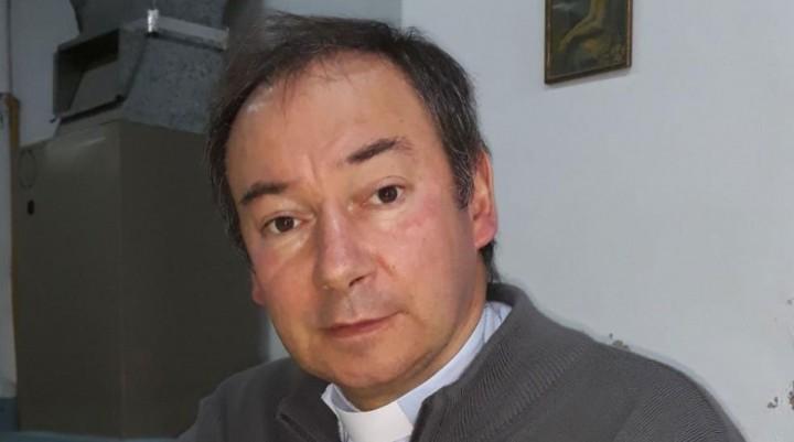Padre Scoltore: Heladera comunitaria y Puesta en Valor de la Iglesia