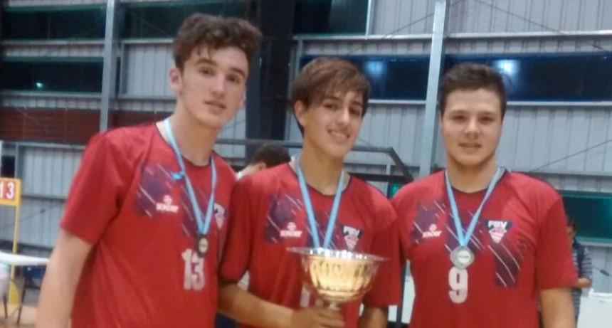 Vóley: Tres jugadores del club ciudad son subcampeones argentinos Sub 15