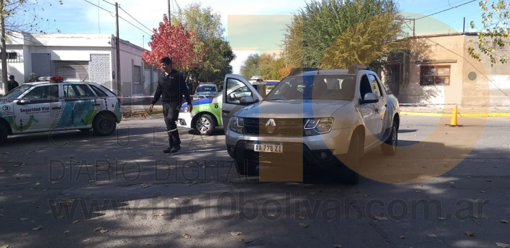 Leve colisión en Pellegrini y Alvear; una peatón fue derivada al hospital por prevención