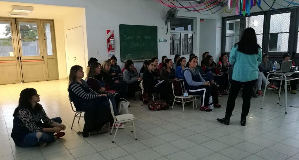 Comenzó una capacitación para docentes de los jardines maternales municipales