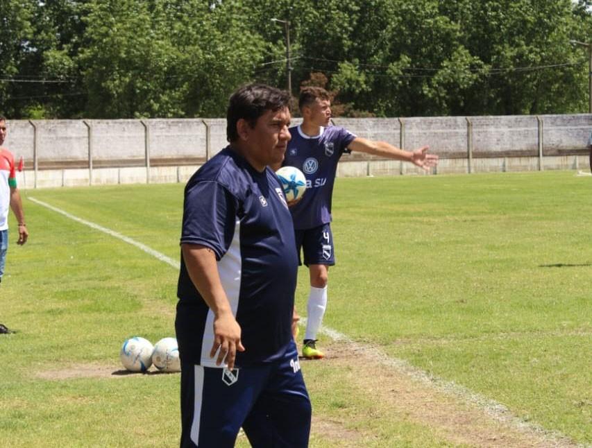 Silvio López: 'Me gusta premiar al jugador que entrena y se involucra con el equipo'