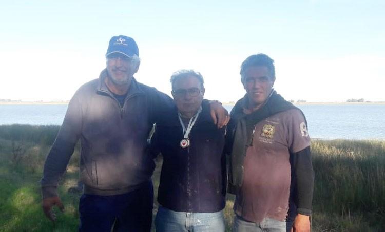 Juan Carlos Osovi campeón del torneo de pesca en especialidad 'Costa'