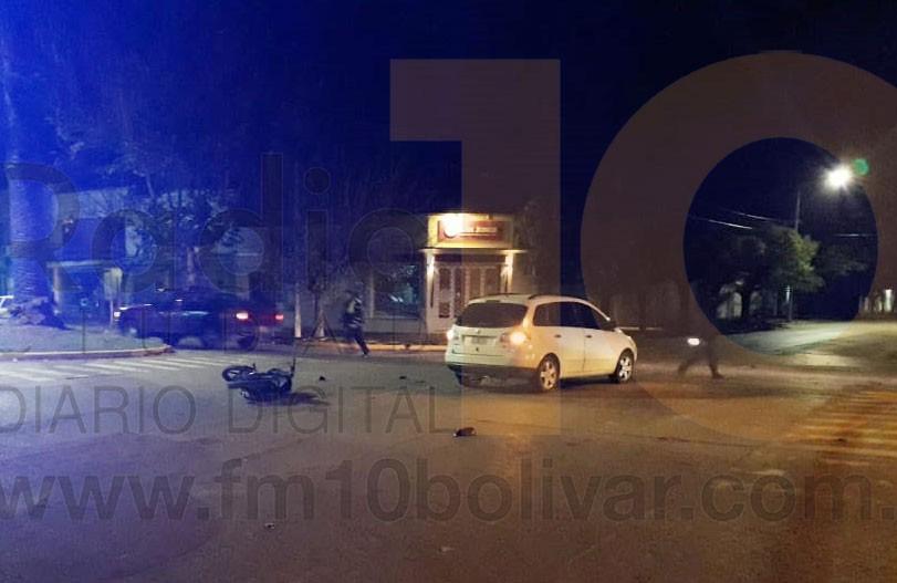 Un motociclista debió ser traslado al hospital tras protagonizar un impacto en la noche del pasado martes