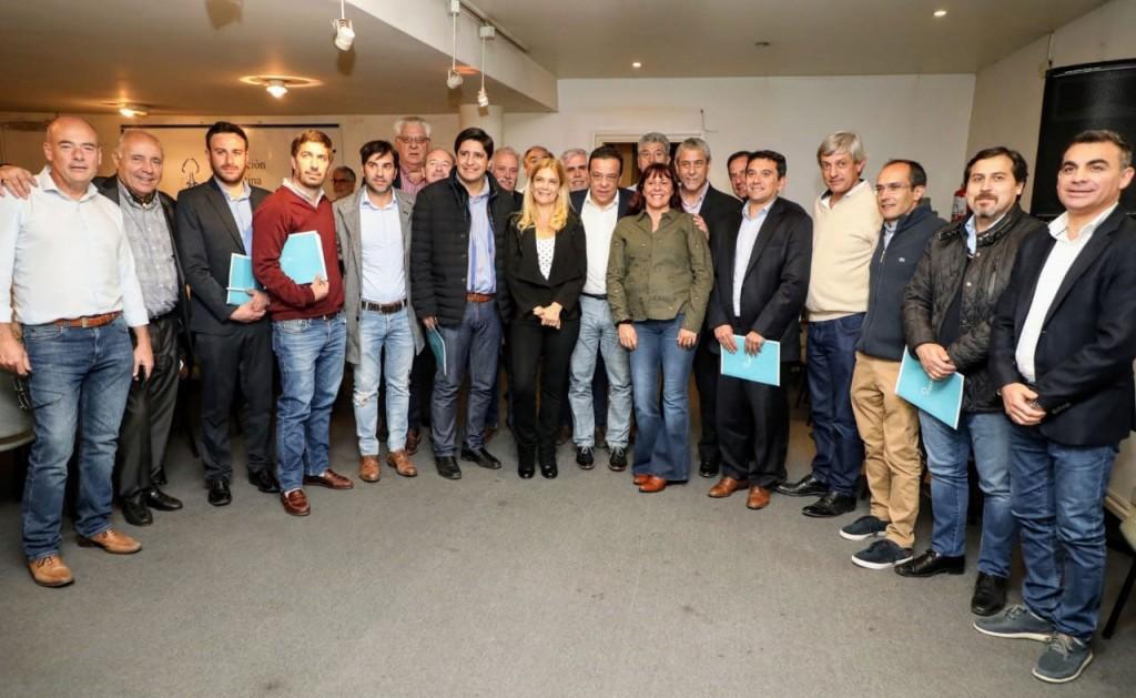 Pisano junto a Intendentes de la provincia en la Federación Argentina de Municipios