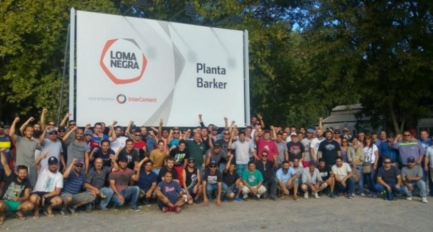 Loma Negra: se dispuso el traslado de 34 empleados de Barker y se teme por un centenar de despidos