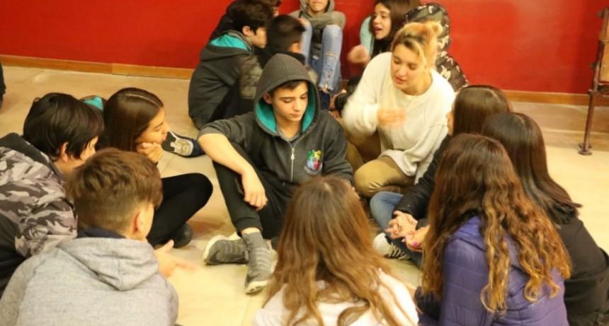 Se realizó un nuevo encuentro joven con alumnos del IJS y Favaloro