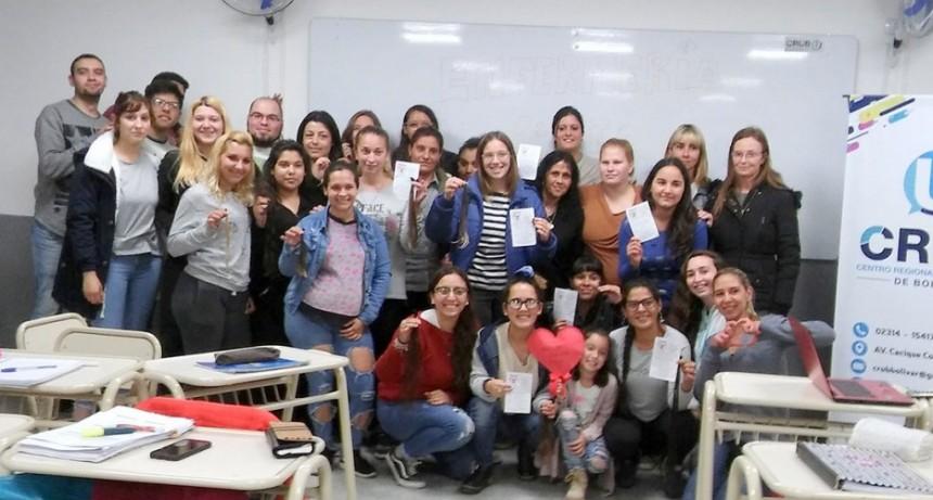 Estudiantes de enfermería se sumaron a la colecta Pelucas Solidarias