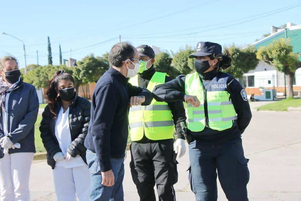 El intendente Pisano recorrió los puestos de acceso a la ciudad para saludar a los trabajadores