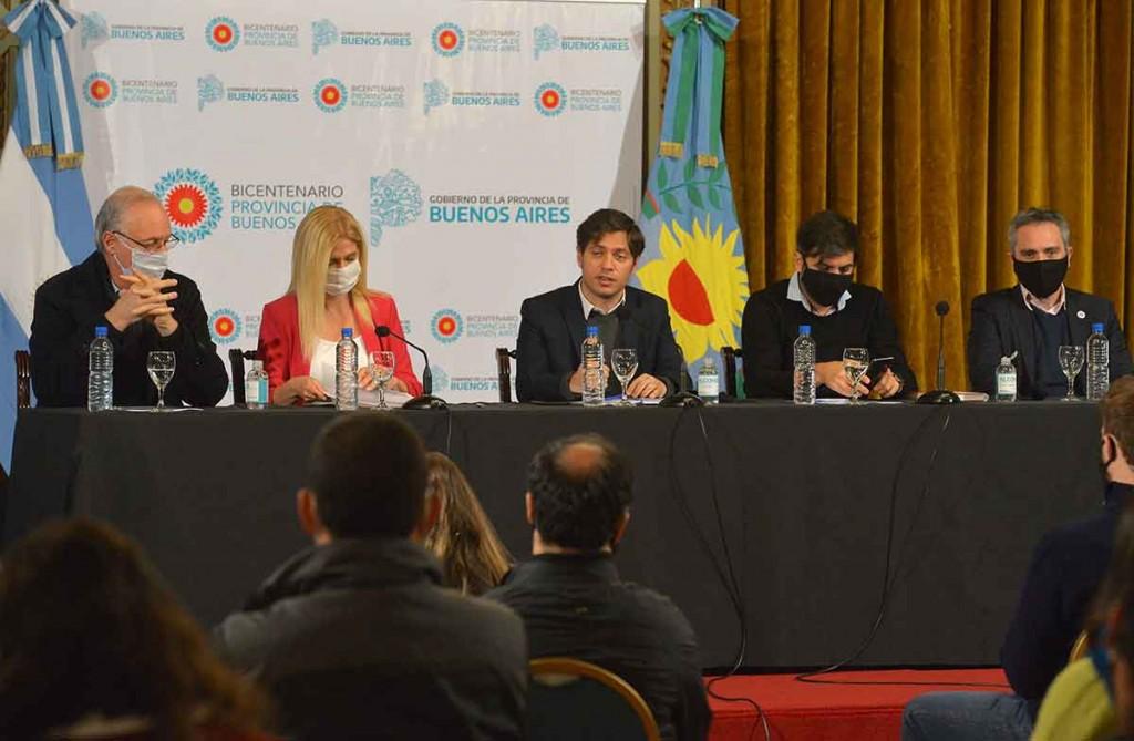 Kicillof presentó el programa 'Bonaerenses Solidarios y Solidarias': 'Queremos convertir la colaboración en una acción colectiva'