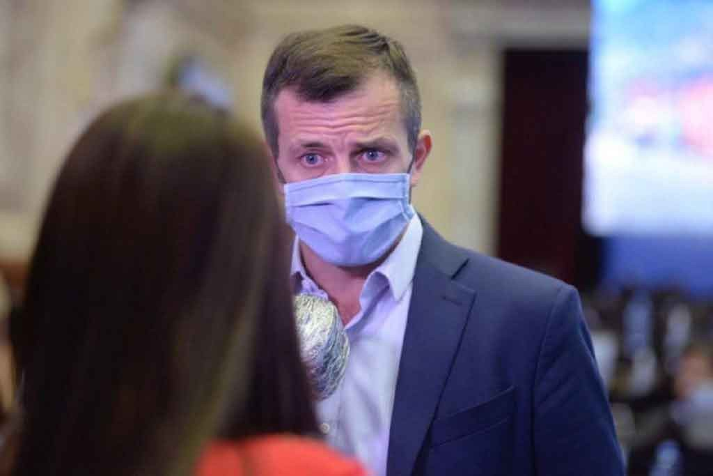 Se aprobó en Diputados la 'Ley Silvio' de protección a médicos en la pandemia, presentada por Eduardo Bucca