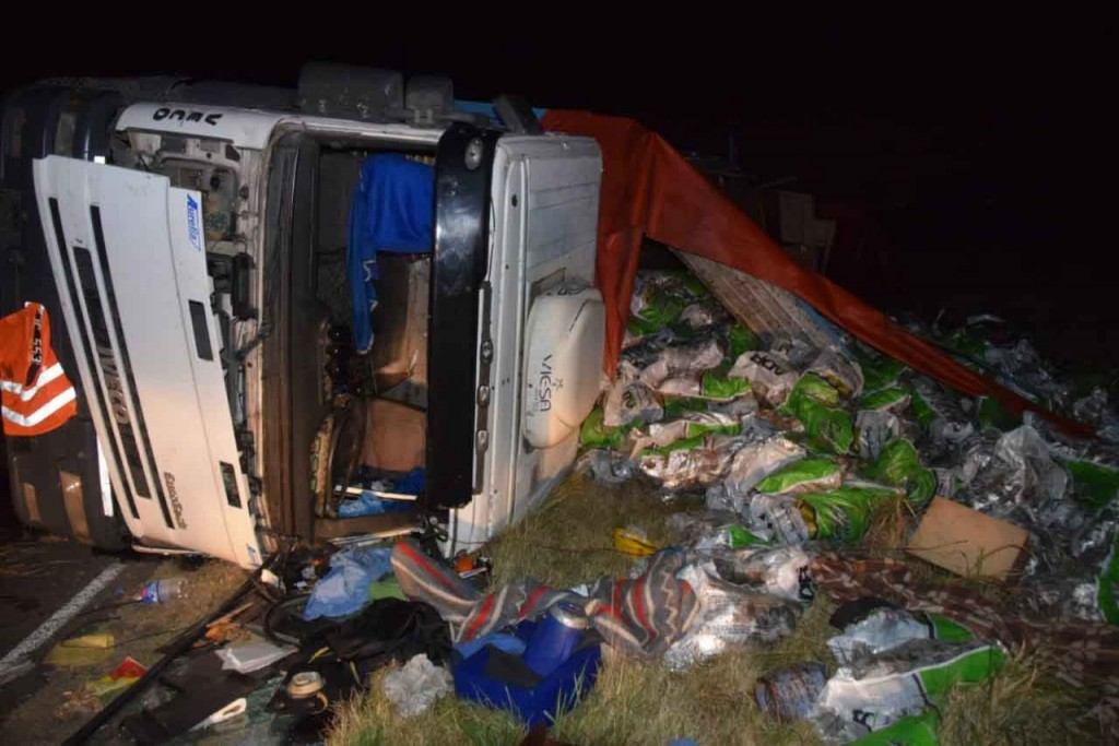Olavarría; Volcó un camión cargado de papas en la Ruta 226 km 308