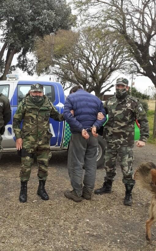 """""""Detuvieron en Bolívar a un ciudadano por cometer diversos tipos de estafa, había pedido solidaridad y ayuda en los medios"""""""