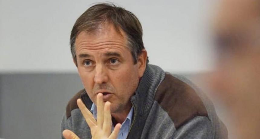 José Gabriel Erreca pide extender el horario de circulación hasta las 18:00 horas