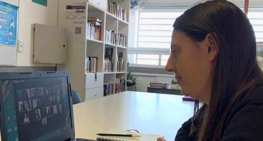 La secretaria de gobierno acompaña la iniciativa solidaria de jóvenes bolivarenses
