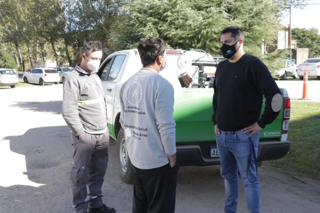 Dirección de Zoonosis: Se realizó una pulveriazión masiva en el partido de Bolívar
