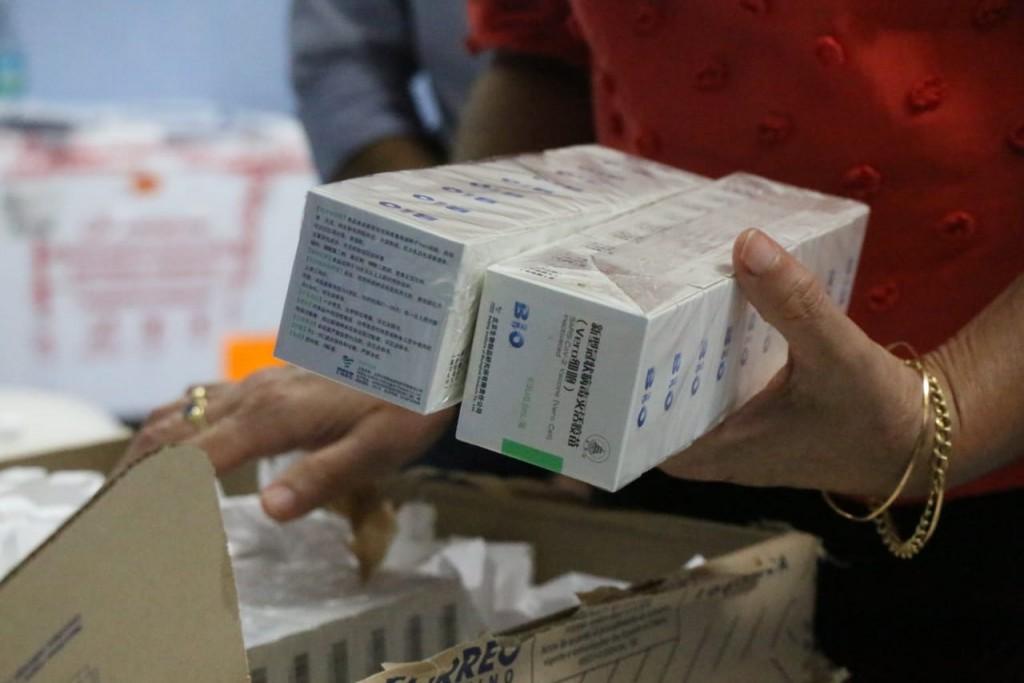Hoy llegaron 1200 segundas dosis de Sinopharm