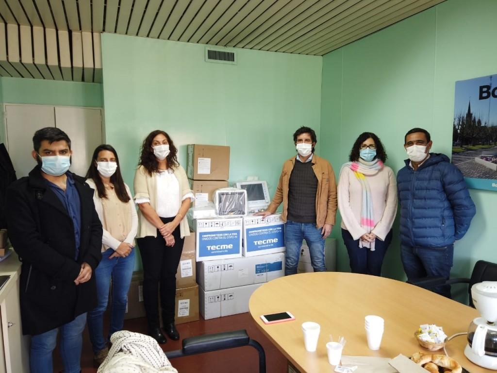 Desde la región Sanitaria IX, entregaron al hospital  2 respiradores, 4 monitores y 8 bombas de infusión que van a completar el sistema de equipamiento de la Unidad de Terapia Intensiva