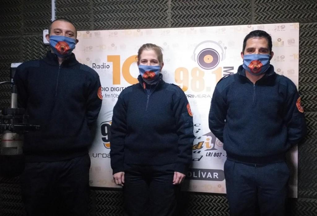 Los Bomberos voluntarios visitaron FM 10 y hablaron del Monóxido de Carbono y sus riesgos